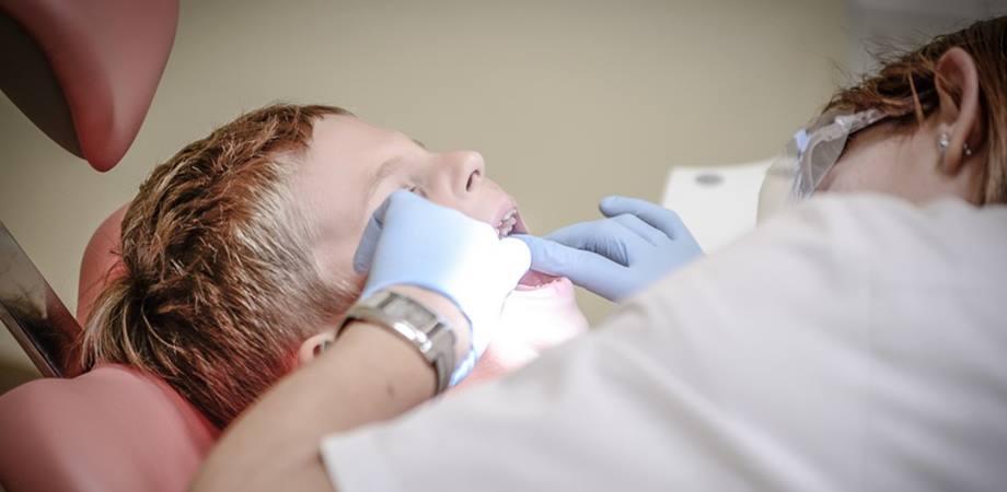 stomatita si controalele stomatologice