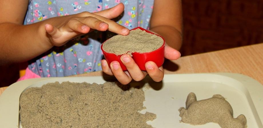 set de nisip kinetic