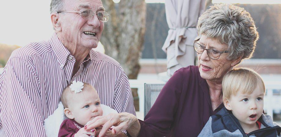 poezii despre bunici