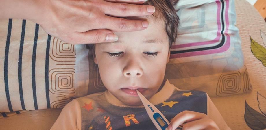 febra si convulsiile febrile la copii