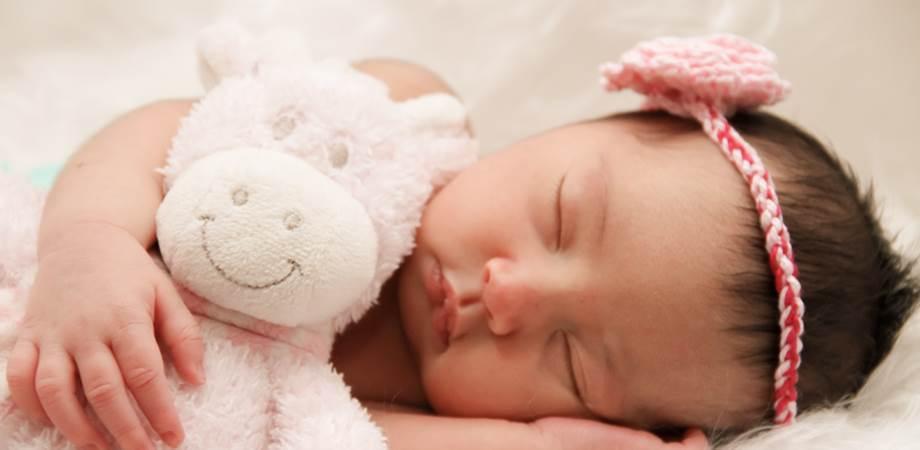 riscuri dormitul in acelasi pat cu bebe